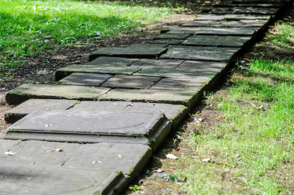 Guide to buying a burial plot